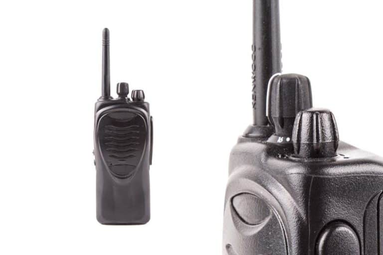 what is the range of a VHF marine radio