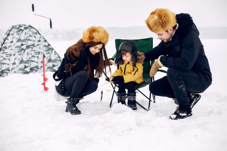 What to Wear Ice Fishing to Stay Dry